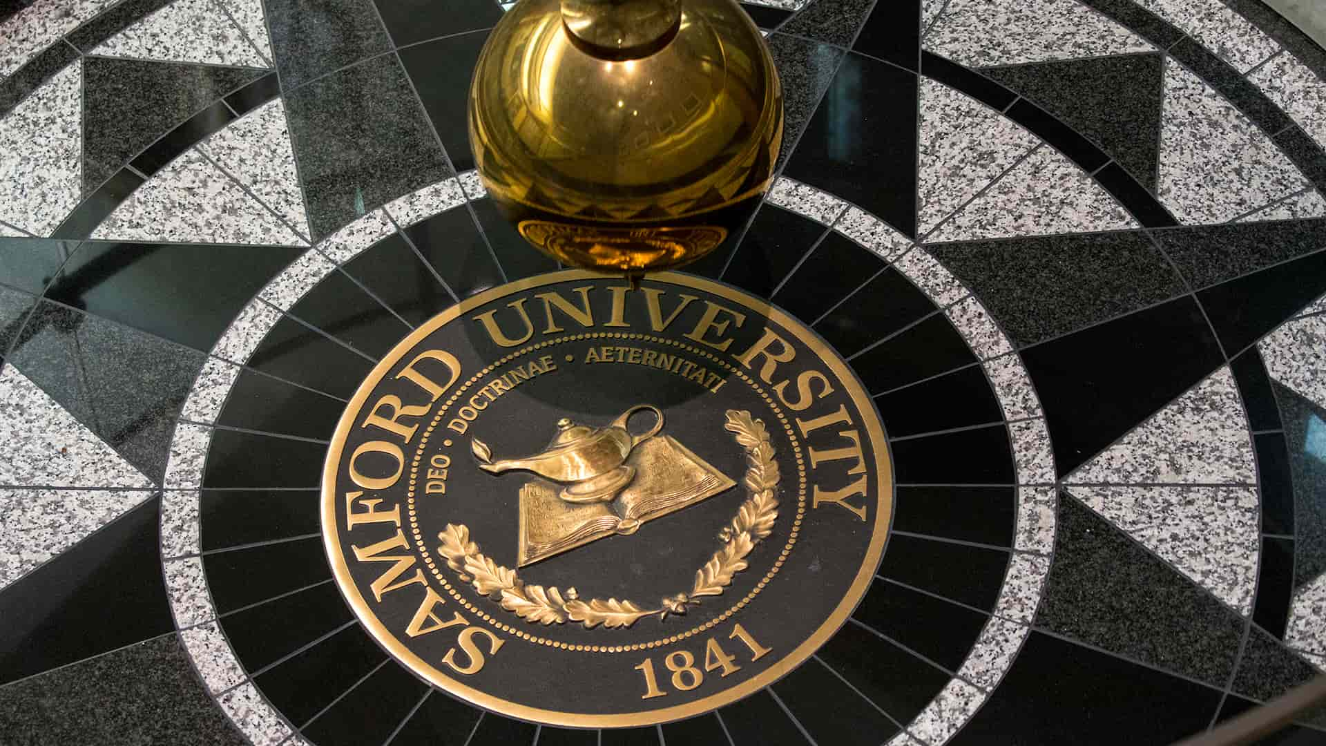 propst hall pendulum and seal