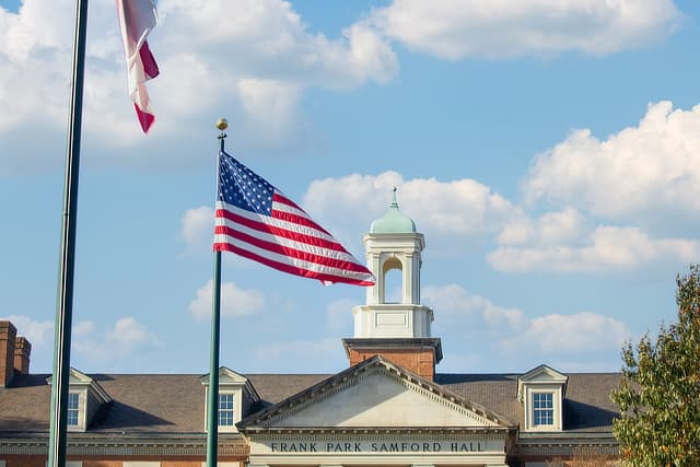 flags and Samford Hall SD1120257